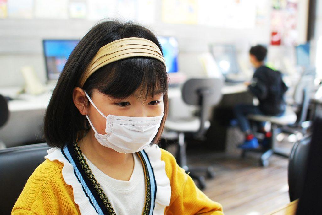 マスク少女